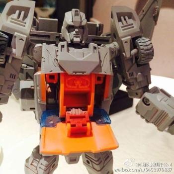 [DX9 Toys] Produit Tiers - Jouet D-06 Carry aka Rodimus et D-06T Terror aka Black Rodimus MHVYgpmc