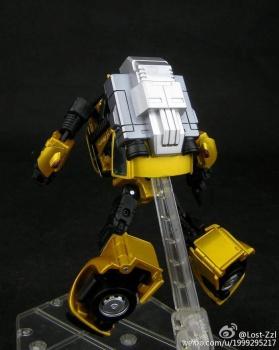 [Masterpiece] MP-21G Bumblebee/Bourdon G2 + MP-21R Bumblebee/Bourdon Rouge TnznwaaH