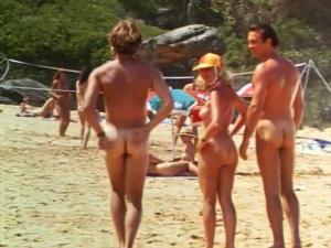Rebecca Cross, Amanda Newman-Phillips @ Wet and Wild Summer (AU 1992)  GxusebYi