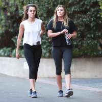Elizabeth Olsen   Going For a Late Hike on Nov 10 (30 Photos)