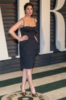 """Sarah Silverman """"2015 Vanity Fair Oscar Party hosted by Graydon Carter at Wallis Annenberg Center for the Performing Arts in Beverly Hills"""" (22.02.2015) 43x   Ok8xv5dR"""