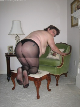 Fat bitches in pantyhose