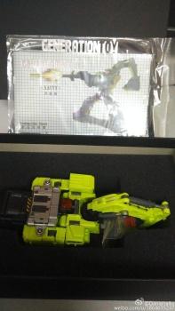 [Generation Toy] Produit Tiers - Jouet GT-01 Gravity Builder - aka Devastator/Dévastateur - Page 3 IfCf8AQj