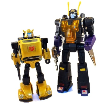 [Fanstoys] Produit Tiers - Jouet FT-12 Grenadier / FT-13 Mercenary / FT-14 Forager - aka Insecticons - Page 3 M5gKMAAv