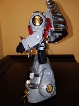 [Fanstoys] Produit Tiers - Dinobots - FT-04 Scoria, FT-05 Soar, FT-06 Sever, FT-07 Stomp, FT-08 Grinder - Page 9 ARJjOpHi