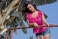 Дениз Милани, фото 5823. Denise Milani Out In Pink :, foto 5823