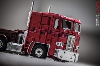 [Masterpiece] MP-10B | MP-10A | MP-10R | MP-10SG | MP-10K | MP-711 | MP-10G | MP-10 ASL ― Convoy (Optimus Prime/Optimus Primus) - Page 4 YT5ChPbY