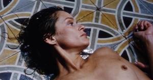 Lauren Hutton @ Hécate - Maitresse De La Nuit (FR 1981) UvKihPMT