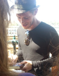 Joseph Morgan - Budapest (Hungary) - April 30, 2012 - 16xHQ FBYxhlR8