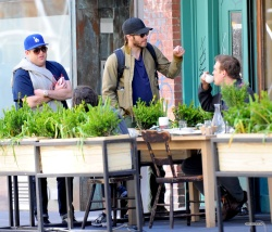 Jake Gyllenhaal & Jonah Hill & America Ferrera - Out And About In NYC 2013.04.30 - 37xHQ ZdNiTtqM