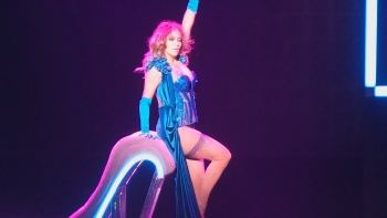 "Jennifer Lopez - Girls LIVE -AXIS Planet Hollywood Las Vegas (2016) ""Sexy ASS"" 
