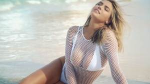 Kate Upton Goes Topless, Shakes Her Hips In Fun Fiji Shoot | Outtakes | Sports Illustrated Swimsuit 05/08/2017