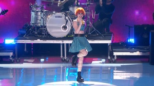 Paramore - Still Into You Teen Choice Awards 2013 720p HDTV 35 Mbps MPA2.0 MPEG2- TrollHD