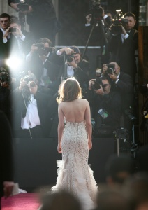 Kristen Stewart - Imagenes/Videos de Paparazzi / Estudio/ Eventos etc. - Página 31 AbfqVZFF