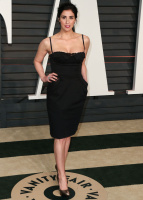 """Sarah Silverman """"2015 Vanity Fair Oscar Party hosted by Graydon Carter at Wallis Annenberg Center for the Performing Arts in Beverly Hills"""" (22.02.2015) 43x   B6SP9J1g"""