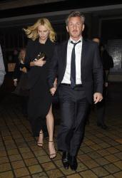 Sean Penn - Charlize Theron and Sean Penn - seen leaving Royal Festival Hall. London - February 16, 2015 (153xHQ) 57yPYPAd
