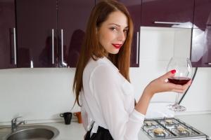 Isabella - In The Kitchen - [famegirls] JC532ADp