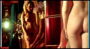 Olivia Pascal , Eva Garden , Uschi Zech in Vanessa (1977) T1njVYBB