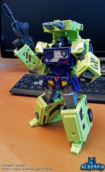 [Toyworld] Produit Tiers - Jouet TW-C Constructor aka Devastator/Dévastateur (Version vert G1 et jaune G2) - Page 6 O3oiR5kN