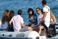 Nina Dobrev with her boyfriend Austin Stowell in Saint-Tropez (July 24) A0EQlP6B