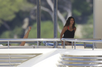 Nina Dobrev and Asustin Stowell enjoy the ocean off the cost the French Riviera (July 26) WwV8ymMx