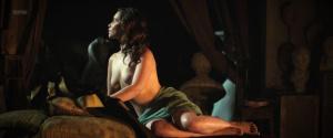 Emilia Clarke @ Voice From The Stone (US 2017) [HD 1080p WEB]  I9oedV6O