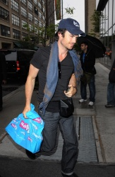 Ian Somerhalder - Out and About in New York City 2012.05.07 - 5xHQ Vxgim4Mt