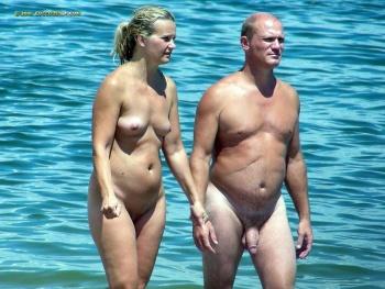 pasion xxx follando en playa nudista