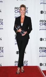 Katherine Heigl - 35th Annual People's Choice Awards, 7 января 2009 (58хHQ) DOfilw0N