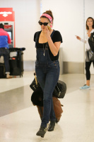 Nina Dobrev at LAX Airport (March 27) ABAQ6Srn