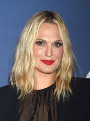 Molly Sims - Variety's Power of Women Luncheon @ the Beverly Wilshire Four Seasons Hotel in Beverly Hills - 10/09/15