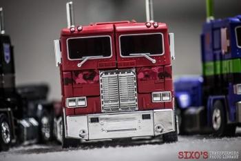 [Masterpiece] MP-10B | MP-10A | MP-10R | MP-10SG | MP-10K | MP-711 | MP-10G | MP-10 ASL ― Convoy (Optimus Prime/Optimus Primus) - Page 4 IWBeybX9