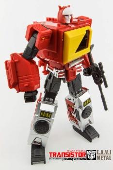 [KFC Toys] Produit Tiers - Jouet Transistor (aka Blaster/Tempo) + DoubleDeck (Twincast) + Fader (aka Eject/Éjecteur) + Rover (aka Autoscout) - Page 2 RVvX2BRN