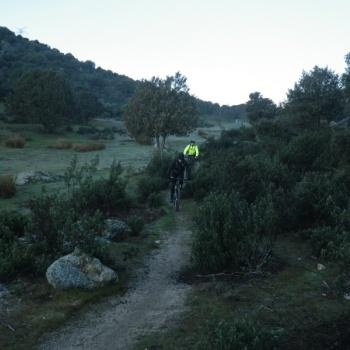 24/01/2016. Hoyo de Manzanares-Sierra de Hoyo de Manzanares. Parking del centro de hoyo: 8:00 Yb712QQh