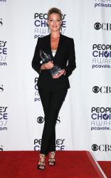Katherine Heigl - 35th Annual People's Choice Awards, 7 января 2009 (58хHQ) Ni21ZdA3