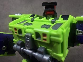 [Toyworld] Produit Tiers - Jouet TW-C Constructor aka Devastator/Dévastateur (Version vert G1 et jaune G2) - Page 4 UKrsBwZX