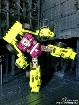 [Generation Toy] Produit Tiers - Jouet GT-01 Gravity Builder - aka Devastator/Dévastateur - Page 2 UedBlOZV
