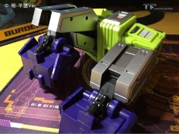 [Toyworld] Produit Tiers - Jouet TW-C Constructor aka Devastator/Dévastateur (Version vert G1 et jaune G2) - Page 6 B7zROgcQ