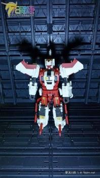 [Warbotron] Produit Tiers - Jouet WB03 aka Computron - Page 4 OakX45n0