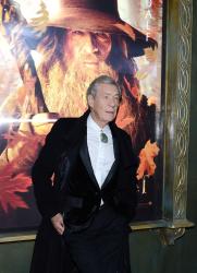 Ian McKellen - 'The Hobbit An Unexpected Journey' New York Premiere benefiting AFI at Ziegfeld Theater in New York - December 6, 2012 - 28xHQ BlHMHJnK