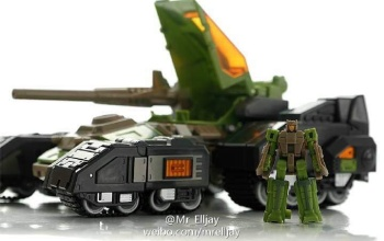 [Maketoys] Produit Tiers - Jouets MTRM - aka Headmasters et Targetmasters - Page 2 8yk5FSOg