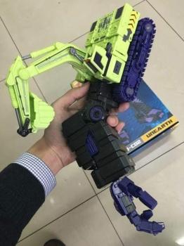 [Toyworld] Produit Tiers - Jouet TW-C Constructor aka Devastator/Dévastateur (Version vert G1 et jaune G2) - Page 3 LSEBHCAb