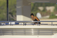 Nina Dobrev and Asustin Stowell enjoy the ocean off the cost the French Riviera (July 26) 7OU8LtbE