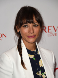 Rashida Jones - Halle Berry Lunch Celebration for Women Cancer Research @ Four Seasons Hotel Los Angeles in Beverly Hills - 06/03/15