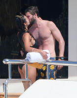 Nina Dobrev and Asustin Stowell enjoy the ocean off the cost the French Riviera (July 26) VcFlo5Ux