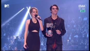 Bridgit Mendler - MTV EMA 2013 576p