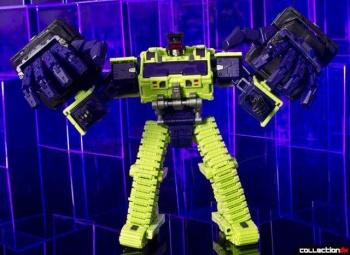 [Toyworld] Produit Tiers - Jouet TW-C Constructor aka Devastator/Dévastateur (Version vert G1 et jaune G2) - Page 4 BTzOSq89
