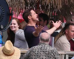 Robert Downey Jr. - On The Set Of 'Iron Man 3' 2012.10.02 - 19xHQ TgILm40j
