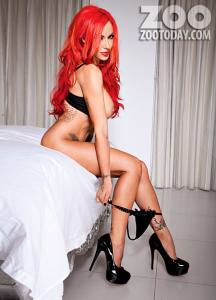 acn8jpBE Jodie Marsh – Topless, Naked – Zoo Photoshoot [July 2012] [tag] (x23) photoshoots