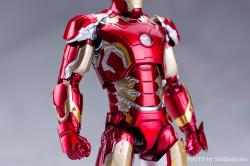 Iron Man (S.H.Figuarts) - Page 3 KxX1l81m